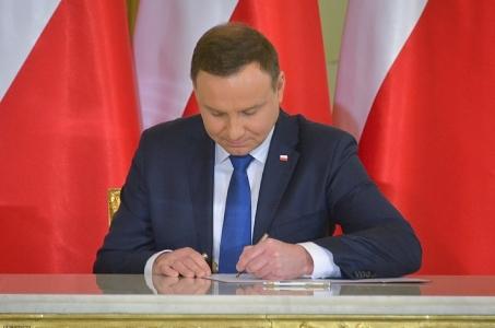 Prezydent przychylił się do prośby Lecha Wałęsy ws. wyjazdu na pogrzeb George'a H. W. Busha.