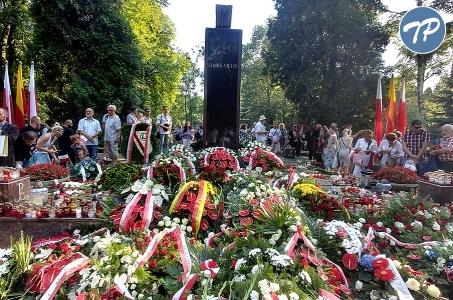Udział premiera Mateusza Morawieckiego w uroczystościach 74. rocznicy Powstania Warszawskiego.