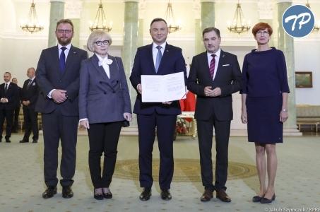 Prezydent podpisał nowelę ustawy ws. wynagrodzeń pracowników medycznych!
