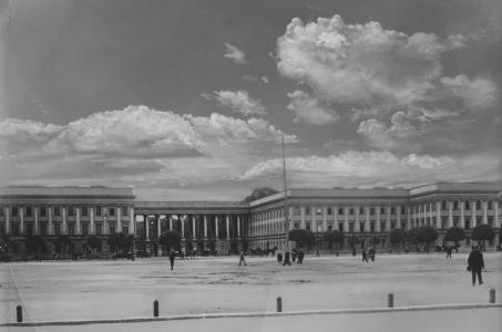11 listopada - symboliczny początek odbudowy Pałacu Saskiego.
