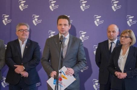Gminy metropolii warszawskiej z apelem do rządu.