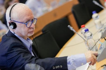 Boni: PE nowej kadencji powinien przyspieszyć w kwestiach cyfrowych.