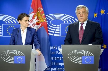 Serbia-Kosowo - daleko do normalizacji, brak widoków na kompromis.