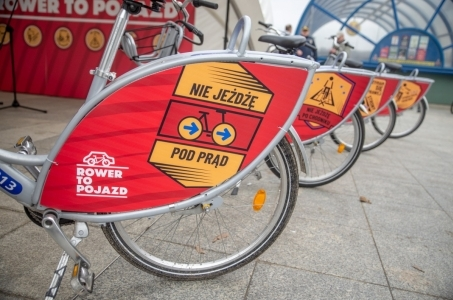 Warszawa. Rower to pojazd.