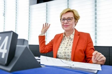 Wiśniewska: poparcie dyrektywy o prawie autorskim to głos za cenzurą prewencyjną.