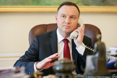 Rozmowa telefoniczna prezydentów Polski i Niemiec.