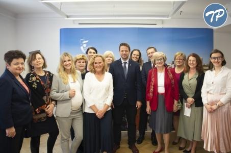 Warszawa dla kobiet.