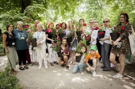 Poznaj ogrody społecznościowe - Warszawę w kwiatach i zieleni.