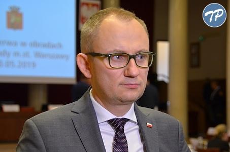 Warszawa. Błażej Poboży przygląda się wydatkom na reklamy i artykuły sponsorowane.