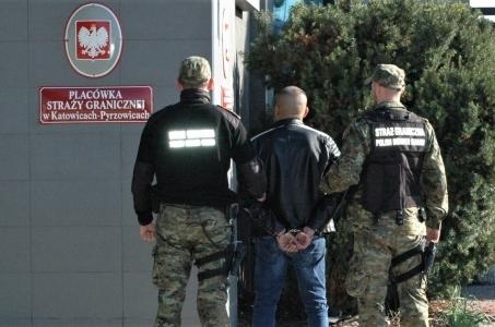 Kolejny członek zorganizowanej międzynarodowej grupy przestępczej trafił do aresztu.