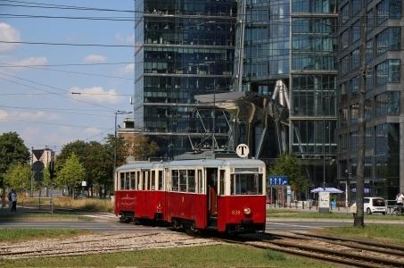 Warszawskie Linie Turystyczne także we wrześniu.