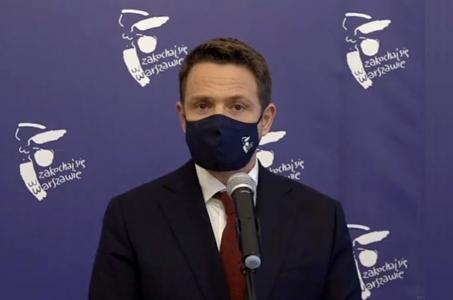 Warszawa. Raport z miejskich szpitali - kolejne łóżka do walki z pandemią.