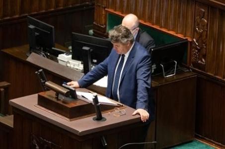 Wiceszef MSWiA w Sejmie o sytuacji na granicy polsko-białoruskiej.
